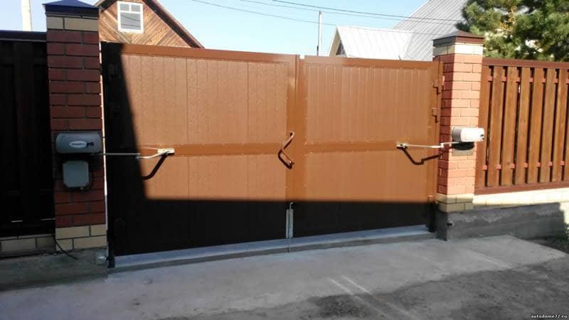 Как распашные ворота сделать автоматическими 700